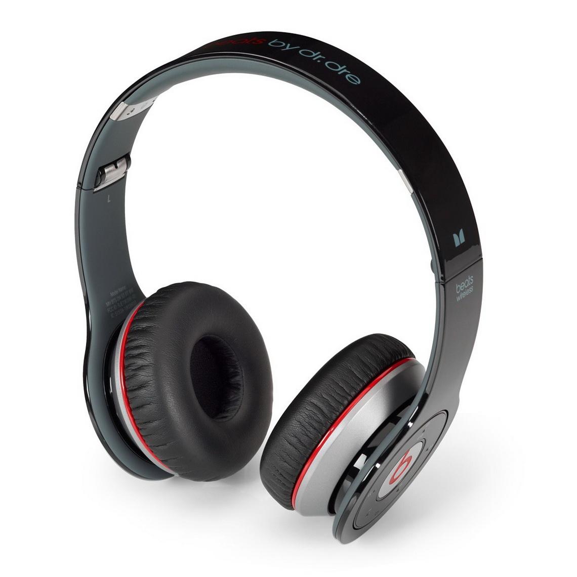 Beats by Dr Dre reg Solo Wireless Bl 55