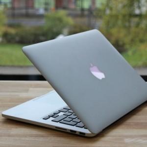 apple-macbook-pro-retina-13-3-zoll-intel-core-i5-2-6-ghz-late-2013_1