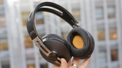 sennheiser-momentum-wireless-product-photos-14
