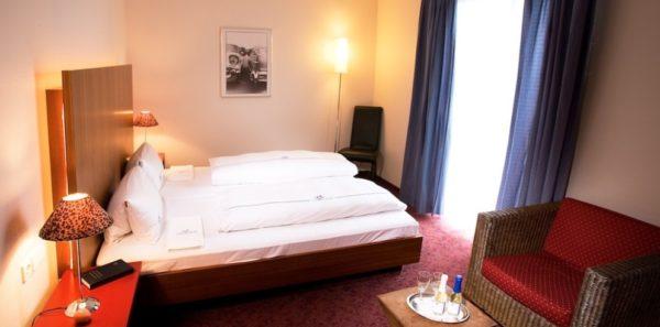 travelcircus-friedrichshafen-bodensee-hotel-krone-2