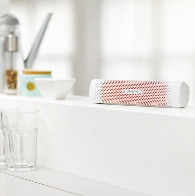 2018 01 25 14 30 09 Denon DSB100WTEM Envaya Mini tragbarer Bluetooth Lautsprecher
