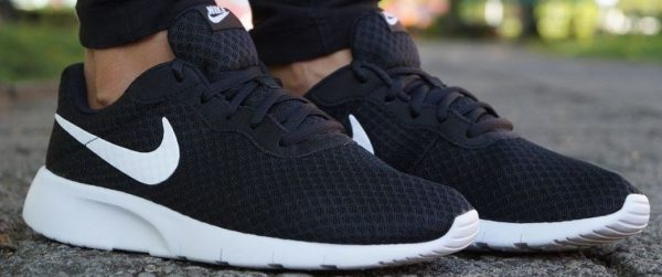 Nike Tanjun Sneaker (Herren + Damen) MyTopDeals