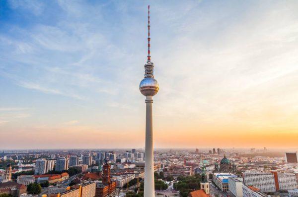 BLUE MAN GROUP in Berlin und Hoteluebernachtung