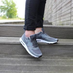 40% Rabatt auf alles von Nike & Under Armour, z.B. günstige Sneaker