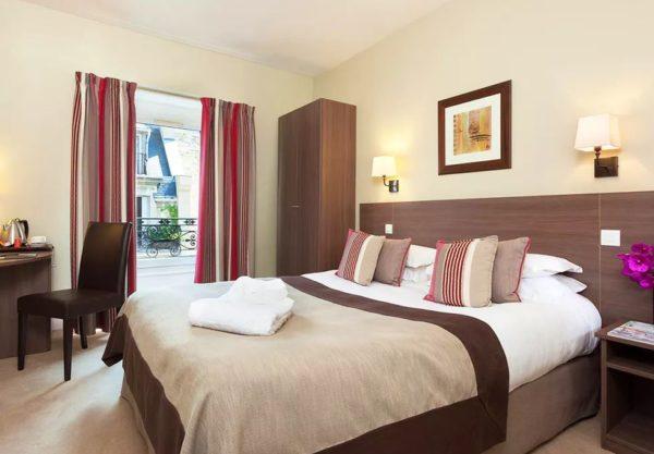2018 05 22 16 59 33 Hotel Val Girard Paris   TravelBird