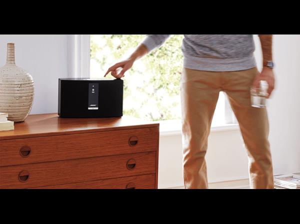 BOSE SoundTouch 20 III Streaming Lautsprecher App steuerbar Bluetooth 802.11 b g n Schwarz