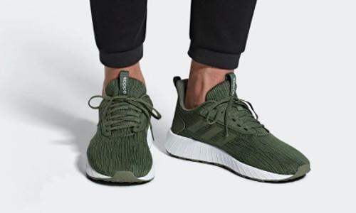 2018 12 17 19 01 05 adidas Questar Drive Schuh adidas Deutschland