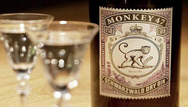 Monkey 47 Gin und 6x Thomas Henry Elderflower Tonic