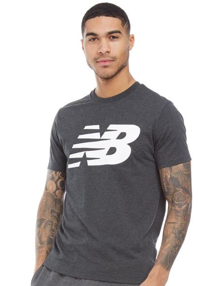 2019 07 03 14 17 21 New Balance Herren Logo Graphic T Shirt Dunkelgrau