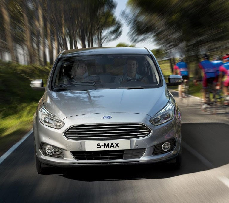 ford smax eu 3 SMX 38789 retouch LHD 40556 9x8 479x425 silver smax driving on the road1.jpg.renditions.small