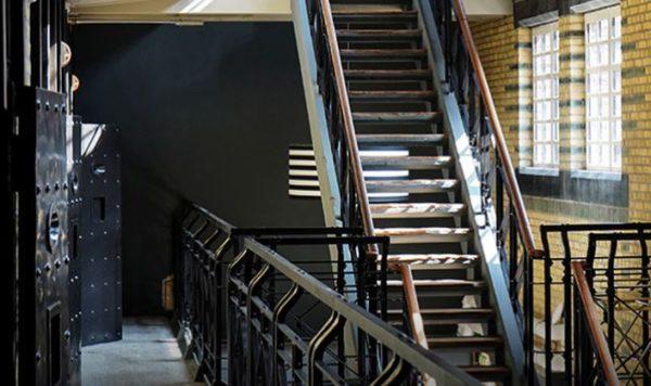 Einzigartige Atmosphaere in Almelo Elegantes Designhotel   im alten Gefaengnis 1