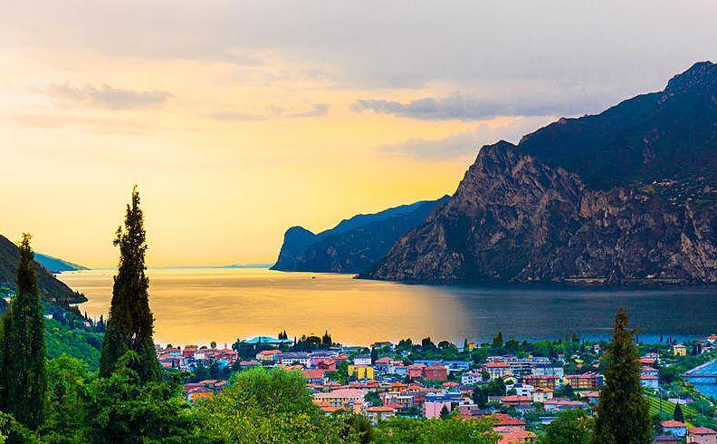 Italien   Gardasee Wohltuende Auszeit im Hotel Albergo Deva