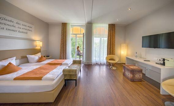 Schwarzwald Best Western Hotel mit Fruehstueck und Therme