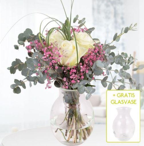 Blumenstrauss Liebesgruss  Glasvase