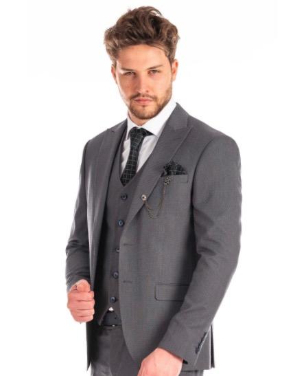 Alltagsanzug Grau mit blauen Knoepfen Slim Fit