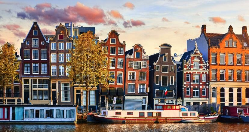 Amsterdam   1x UEF im 3 Hotel ab 40 pro Nacht  P.