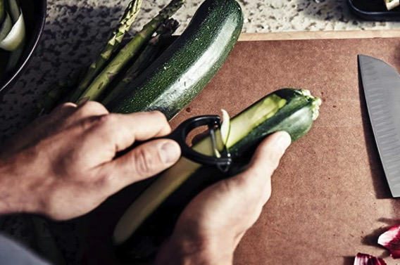 Victorinox Tomaten  Kiwischaeler mit Zackenschliffklinge