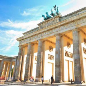 Berlin 2x UEF im zentralen 4 Moevenpick Hotel ab 79 pro Person