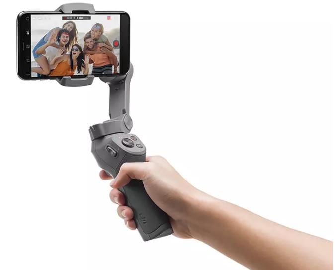 Videoaufnahmen und Selfies können jetzt einfach per Handgesten gemacht werden. Selfie- und Frontkamera sind in der Lage die Gestensteuerung zu verwenden und machen Reise- und Gruppenaufnahmen leichter denn je.