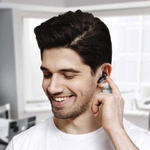 AUKEY Bluetooth Kopfhoerer Kabellos In Ear mit Soliden Bass Bluetooth 5 USB C Quick Charge Integriertem Mikrofon 25 Std. Laufzeit IPX5 Wassersdicht Sport Ohrhoerer
