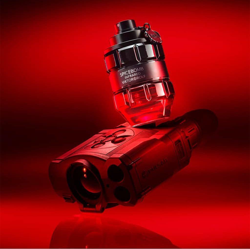 viktor and rolf spicebomb infrared eau de toilette 50 ml 3614273308113 pack e1627392860897