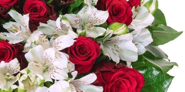 Blumenstrauß Liebesgruß mit über 40 Blüten