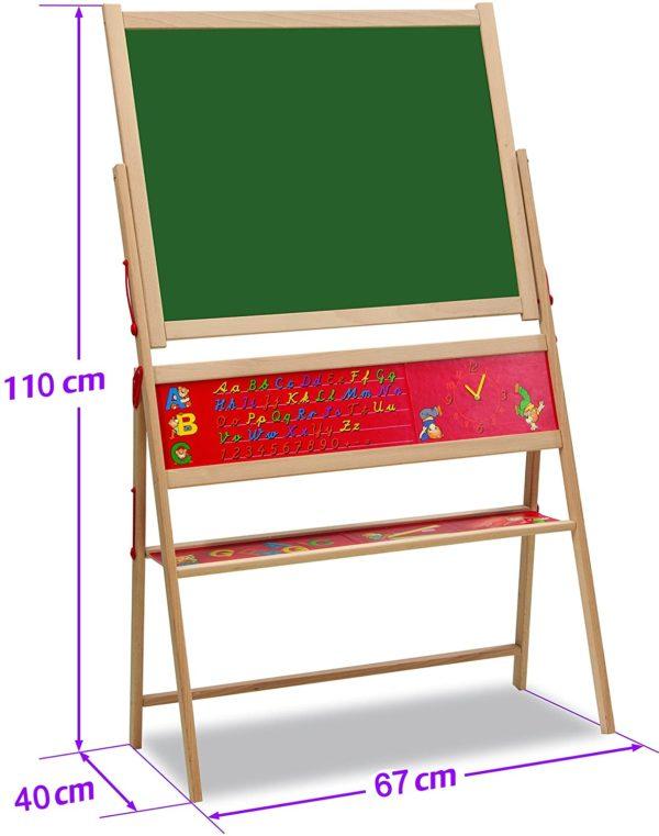 Produktbeschreibung Eichhorn magnetische Standtafel  Die 40x67x110cm große, magnetische Standtafel aus hochwertigem Holz fördert die Kreativität und bietet zahlreiche Spielfunktionen. Kinder können auf der Tafel mit Kreide schreiben und malen, oder die mitgelieferten Magnetbuchstaben platzieren und die Tafel als Pinnwand verwenden. Die Eichhorn Magnet-Standtafel hat ein praktisches Ablagefach für Zubehör, eine Vorlage der aktuellen Schreibschrift, Kreide, Schwamm und magnetischen Buchstaben inklusive. Für Kinder ab 3 Jahren geeignet.  Lernspielzeug aus Holz  Die Tafel wird aus Buchenholz gefertig. Alle Einzelteile sind so groß, dass Kinder sie gut greifen können. Sämtliche Holspielwaren von Eichhorn werden regelmäßig von unabhängigen Prüfinstituten getestet.  Eichhorn Top Qualität  Im Mittelpunkt der Produkte und der Produktentwicklung stehen die Kinder mit ihren Bedürfnissen. Seit über 70 Jahren produzieren wir qualitativ hochwertiges Holzspielzeug. Ein Großteil der Produkte wird in Deutschland produziert. Somit kann die Qualität besser überprüft werden. Ausnahmslos jedes Spielzeug entspricht den europäischen und internationalen Vorschriften für sicheres Kinderspielzeug.  Details:  Eichhorn Artikelnummer: 100002579 Geeignet für Kinder ab drei Jahren Lieferumfang: 48 Magnetbuchstaben, 10 Kreiden, 1 Schwamm, magnetisches Tafelblatt (Vorderseite grün liniert / Rückseite grün unliniert), 60-tlg. Maße: 40x67x110cm Verpackung: Kartonverpackung  Holzspielzeug, wie diese Standtafel, sorgen für leuchtende Kinderaugen und dadurch für glückliche Eltern  Warnhinweise Es besteht Erstickungsgefahr wegen verschluckbarer Kleinteile! Funktionsbedingte Klemmgefahr!