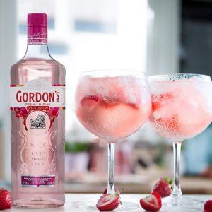Gordon's Pink Gin Premium Distilled Gin Mit Erdbeergeschmack Und Himbeergeschmack, 700ml