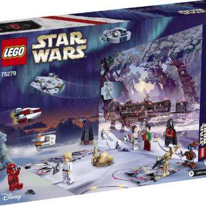 Hinter jedem Türchen des LEGO Star Wars Adventskalenders (75279) befinden sich Baumodelle von Charakteren, Fahrzeugen und Schauplätzen, die beim Bauen die Vorfreude auf Weihnachten steigern. Es gibt sogar einen Code zum Freischalten von Inhalten im Spiel, LEGO Star Wars: Die Skywalker Saga Enthält 6 LEGO Minifiguren und 6 LEGO Figuren, zum Beispiel Poe Dameron und Darth Vader mit Weihnachtspullovern und ein Tauntaun mit roter Nase sowie eine ausklappbare Spielplatte mit dem Bild eines Millennium Falcon für Rollenspiele Darüber hinaus gibt es 12 Mini-Baumodelle wie den Millennium Falcon, einen A-Wing, einen TIE Fighter, einen X-Wing, ein Droiden-Kontrollschiff, Anakins Podracer und Darth Vaders Festung, um die Fantasie der Kinder in der Vorweihnachtszeit zu wecken Dieses 311-teilige Adventskalender-Bauset ist ein tolles Geschenk in der Vorweihnachtszeit für Kinder ab 7 Jahren. Die Figuren und Baumodelle können auch mit anderen LEGO Star Wars Sets kombiniert werden, um noch mehr kreativen Spielspaß zu bieten Wenn nicht gerade feierlich ein Türchen geöffnet wird oder spannende Spielabenteuer stattfinden, bereichert der LEGO Star Wars Adventskalender 2020 als spektakuläres Schaustück und attraktive Weihnachtsdeko jedes Zimmer