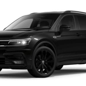 Der Tiguan wurde 2007 eingeführt und zählt weltweit zu den Bestsellern der Marke Volkswagen. Die zweite Generation wurde 2016 eingeführt und war das erste Volkswagen SUV auf Basis des Modularen Querbaukastens (MQB). 2017 folgte dann der knapp 22 Zentimeter längere Tiguan Allspace, der zudem bis zu sieben Sitzplätze bietet. Der Tiguan und der Tiguan Allspace sind eine wichtige Säule der SUV-Offensive von Volkswagen. Bis Ende September 2018 wurden von den beiden Tiguan Varianten weltweit über 600.000 Einheiten verkauft, seit 2007 insgesamt über 4,6 Millionen Fahrzeuge. Inzwischen werden der Tiguan bzw. der Tiguan Allspace in vier Ländern (China, Deutschland, Mexiko und Russland) produziert. Seit kurzem ist darüber hinaus der Tiguan OFFROAD mit serienmäßigem Allradantrieb 4Motion bestellbar.