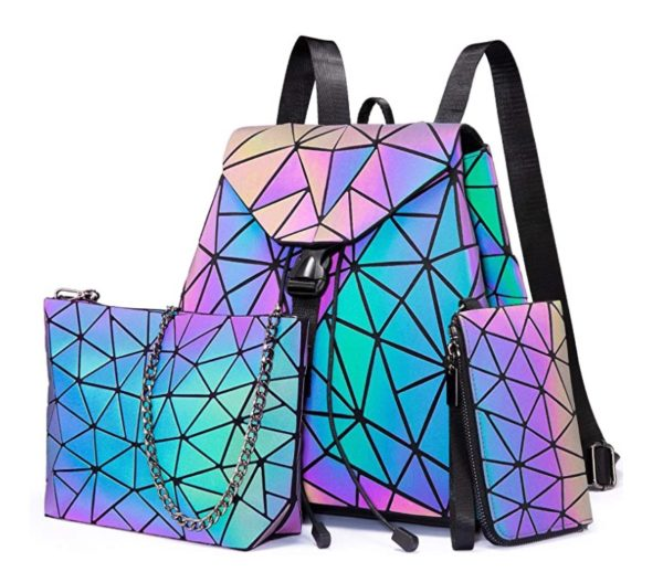 Wir sind professionell von Damentaschen, haben seit 2009 Jahr Taschen gemacht und verkäuft, wir folgen immer auf neueste Modetrends, und bieten Handtasche, Umhängetasche, Schultertasche, Tote Bag, Arbeitstasche, Geldbörse, Rucksack und so weiter.  Alle unseren Taschen sind hochwertig, denn bevor wir Produkte senden, haben wir sorgfältig und vielmals die Verarbeitung, Tragfähigkeit und Haltbarkeit von jede Tasche nachgeprüft und getestet.  Für die Qualität von jeder verkäuften Tasche halten wir uns immer zu Ihrer Verfügung, unser Ziel ist, jedes Produktproblem schnell und gut zu lösen!  Möchten Sie ein Geschenk für Ihre Frau, Ihre Mutter oder Ihre Freundinen kaufen? Unsere Taschen können Ihre Erforderungen erfüllen, sie sind unbedingt wunderbare Geschenke für Festival wie Geburtstag, Weihnachten, Valentinstag, Muttertag und so weiter.