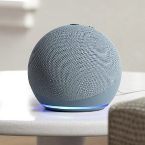 Echo Dot (4. Gen.) Alexa Smart-Speaker + Philips Hue Lampe