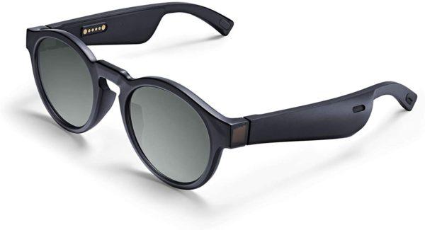 Sonnenbrille mit integrierten Bose Lautsprechern für einen kraftvollen Klang, der Sie umgibt, ohne dass Ihre Mitmenschen davon gestört werden