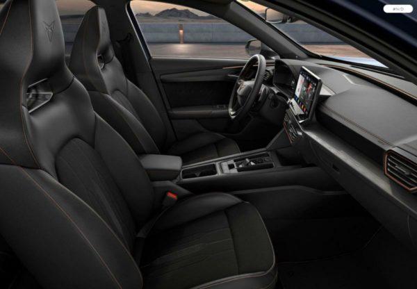 Ausstattung:  - Sitzablage links und rechts 1. Sitzreihe - Radschrauben mit Diebstahlsicherung (nicht abschließbar) - Airbag für Fahrer und Beifahrer mit Beifahrer-Airbag-Deaktivierung - Außenspiegel elektrisch anklappbar-/einstellbar, beheizbar, mit Beifahrerspiegelabsenkung - Wireless RSE