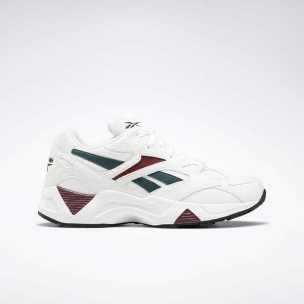 Diese Version des Aztrek 96 präsentiert sich mit kantigerem Design und zusätzlichen Overlays. Mit seinem Materialmix aus Textil und Kunstveloursleder sowie markanten Linien und X-Symbol im Zehenbereich versprüht dieser Schuh authentischen Retro-Style.