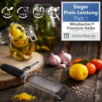 Winzbacher   Premium Zester Reibe I Parmesanreibe Zitronenreibe Muskatnuss Reibe Ingwerreibe u.v.m. I rasiermesserscharfe Edelstahl Klinge I Spue...