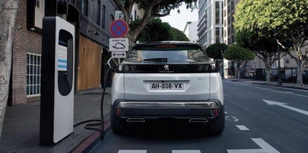 Peugeot 3008 SUV Plug in Hybrid  1
