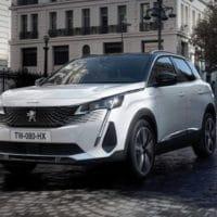 Peugeot 3008 SUV Plug in Hybrid  2