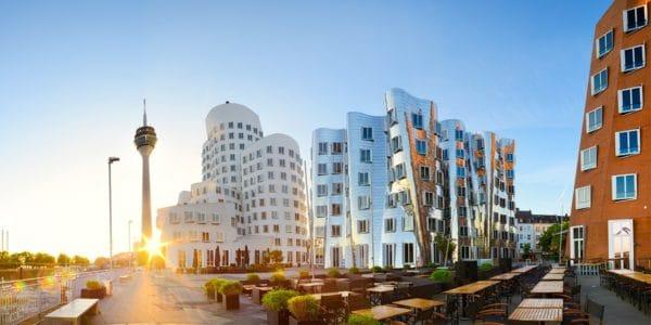 Düsseldorf ÜF zentrales 4-Sterne-Hotel zu zweit für 89€