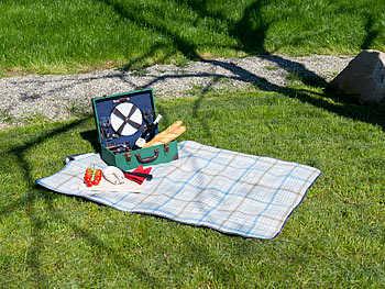 fleece picknick decke mit wasserabweisender unterseite 140 x 100 cm gratis vsk 490 e statt 690 e vsk 1 95 e