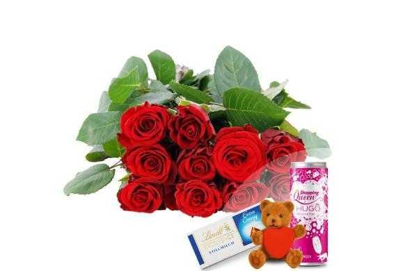 wertgutschein fuer 10 rote edelrosen mit herzteddy hugo lindt schokolade individuelle grusskarte